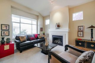 "Photo 3: 27 15188 62A Avenue in Surrey: Sullivan Station Townhouse for sale in ""Gillis Walk"" : MLS®# R2371193"