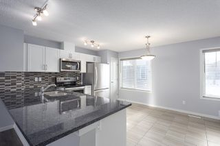 Photo 2: 124 3305 Orchards Link in Edmonton: Zone 53 Townhouse for sale : MLS®# E4160092