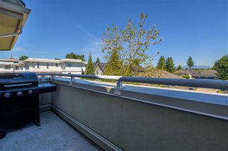 "Photo 13: 402 12125 75A Avenue in Surrey: West Newton Condo for sale in ""STRAWBERRY HILLS ESTATE"" : MLS®# R2379850"