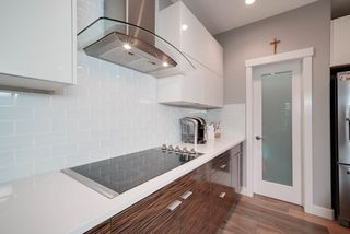 Photo 9: 2229 CAMERON RAVINE Court in Edmonton: Zone 20 House for sale : MLS®# E4163454
