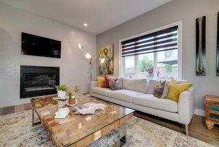 Photo 4: 2229 CAMERON RAVINE Court in Edmonton: Zone 20 House for sale : MLS®# E4163454