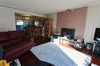 Photo 3: 2777 ROSEMONT Drive in Vancouver: Fraserview VE House for sale (Vancouver East)  : MLS®# R2387206