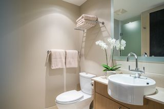 "Photo 13: 1504 1455 HOWE Street in Vancouver: Yaletown Condo for sale in ""POMARIA"" (Vancouver West)  : MLS®# R2387626"