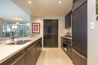 "Photo 7: 1504 1455 HOWE Street in Vancouver: Yaletown Condo for sale in ""POMARIA"" (Vancouver West)  : MLS®# R2387626"