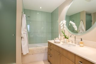 "Photo 11: 1504 1455 HOWE Street in Vancouver: Yaletown Condo for sale in ""POMARIA"" (Vancouver West)  : MLS®# R2387626"