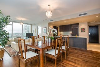 "Photo 4: 1504 1455 HOWE Street in Vancouver: Yaletown Condo for sale in ""POMARIA"" (Vancouver West)  : MLS®# R2387626"