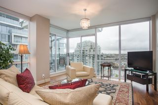 "Photo 8: 1504 1455 HOWE Street in Vancouver: Yaletown Condo for sale in ""POMARIA"" (Vancouver West)  : MLS®# R2387626"