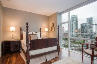 "Photo 9: 1504 1455 HOWE Street in Vancouver: Yaletown Condo for sale in ""POMARIA"" (Vancouver West)  : MLS®# R2387626"