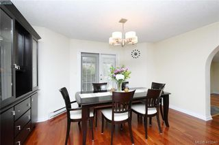Photo 5: 1213 Crofton Terrace in VICTORIA: SE Sunnymead Single Family Detached for sale (Saanich East)  : MLS®# 413340
