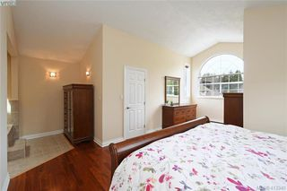 Photo 10: 1213 Crofton Terrace in VICTORIA: SE Sunnymead Single Family Detached for sale (Saanich East)  : MLS®# 413340