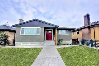 Main Photo: 2836 E 45TH Avenue in Vancouver: Killarney VE House for sale (Vancouver East)  : MLS®# R2454169