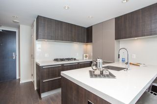 "Photo 5: 1108 1351 CONTINENTAL Street in Vancouver: Downtown VW Condo for sale in ""Maddox"" (Vancouver West)  : MLS®# R2456999"