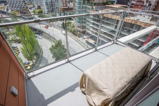 "Photo 11: 1108 1351 CONTINENTAL Street in Vancouver: Downtown VW Condo for sale in ""Maddox"" (Vancouver West)  : MLS®# R2456999"