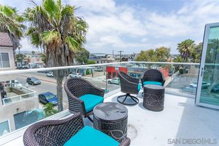 Photo 3: MISSION BEACH House for sale : 1 bedrooms : 733 Salem Ct. in San Diego