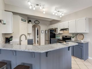 Photo 6: 140 BAYSIDE Point SW: Airdrie Detached for sale : MLS®# C4304964
