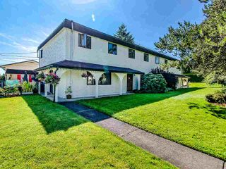 Photo 1: 2986 268A Street in Langley: Aldergrove Langley Townhouse for sale : MLS®# R2472587
