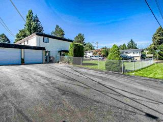 Photo 4: 2986 268A Street in Langley: Aldergrove Langley Townhouse for sale : MLS®# R2472587