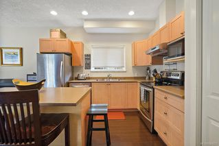 Photo 9: 3255 Willshire Dr in Langford: La Walfred House for sale : MLS®# 844223