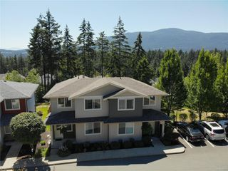 Photo 1: 102 2169 Ridgemont Pl in : Na Diver Lake Row/Townhouse for sale (Nanaimo)  : MLS®# 850692
