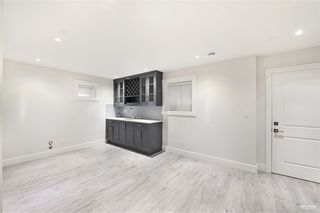 Photo 27: 7964 14TH Avenue in Burnaby: East Burnaby House for sale (Burnaby East)  : MLS®# R2501679