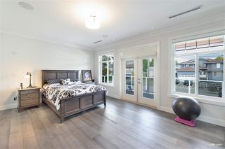Photo 18: 7964 14TH Avenue in Burnaby: East Burnaby House for sale (Burnaby East)  : MLS®# R2501679