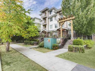"Photo 1: 304 1969 WESTMINSTER Avenue in Port Coquitlam: Glenwood PQ Condo for sale in ""THE SAPHHIRE"" : MLS®# R2504819"