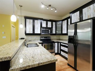 Photo 2: 202 2710 Jacklin Rd in : La Langford Proper Condo for sale (Langford)  : MLS®# 857227