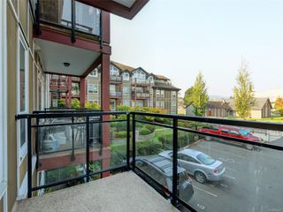 Photo 18: 202 2710 Jacklin Rd in : La Langford Proper Condo for sale (Langford)  : MLS®# 857227