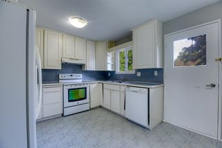 Photo 4: 19941 44B Avenue in Langley: Brookswood Langley House for sale : MLS®# R2507664