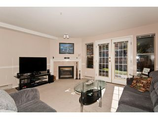 "Photo 2: 36 19160 119TH Avenue in Pitt Meadows: Central Meadows Townhouse for sale in ""WINDSOR OAK"" : MLS®# V898835"