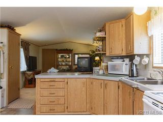 Photo 7: SAANICHTON MOBILE HOME = SAANICHTON REAL ESTATE Sold With Ann Watley! Call (250) 656-0131
