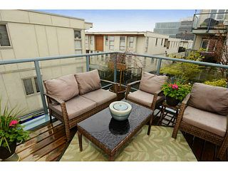 "Photo 12: 213 643 W 7TH Avenue in Vancouver: Fairview VW Townhouse for sale in ""THE COURTYARDS"" (Vancouver West)  : MLS®# V1059098"