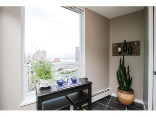 """Photo 12: 2302 188 KEEFER Place in Vancouver: Downtown VW Condo for sale in """"Espana II"""" (Vancouver West)  : MLS®# V1063175"""
