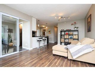 """Photo 2: 2302 188 KEEFER Place in Vancouver: Downtown VW Condo for sale in """"Espana II"""" (Vancouver West)  : MLS®# V1063175"""