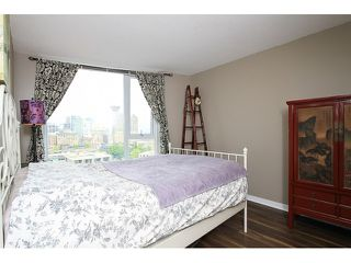 """Photo 7: 2302 188 KEEFER Place in Vancouver: Downtown VW Condo for sale in """"Espana II"""" (Vancouver West)  : MLS®# V1063175"""