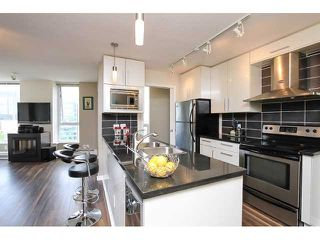 """Photo 4: 2302 188 KEEFER Place in Vancouver: Downtown VW Condo for sale in """"Espana II"""" (Vancouver West)  : MLS®# V1063175"""