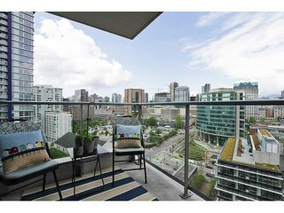 """Photo 14: 2302 188 KEEFER Place in Vancouver: Downtown VW Condo for sale in """"Espana II"""" (Vancouver West)  : MLS®# V1063175"""