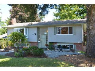 Photo 1: 1770 Howroyd Avenue in VICTORIA: SE Mt Tolmie Single Family Detached for sale (Saanich East)  : MLS®# 338697