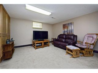 Photo 14: 72 LISSINGTON Drive SW in Calgary: North Glenmore Residential Detached Single Family for sale : MLS®# C3653332