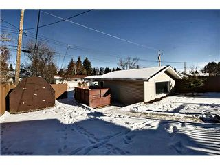 Photo 19: 72 LISSINGTON Drive SW in Calgary: North Glenmore Residential Detached Single Family for sale : MLS®# C3653332