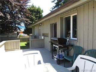 Photo 9: 890 Rockheights Ave in VICTORIA: Es Rockheights Half Duplex for sale (Esquimalt)  : MLS®# 693995