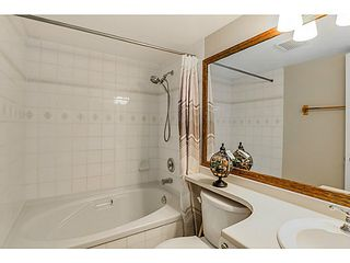 """Photo 7: 212 3628 RAE Avenue in Vancouver: Collingwood VE Condo for sale in """"RAINTREE GARDENS"""" (Vancouver East)  : MLS®# V1124782"""