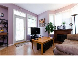 """Photo 8: 17 6950 120TH Street in Surrey: West Newton Townhouse for sale in """"Cougar Creek"""" : MLS®# F1442837"""