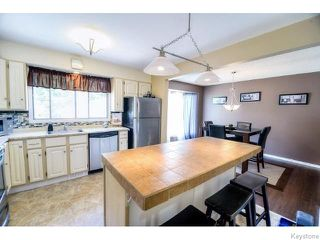 Photo 7: 75 Valley View Drive in WINNIPEG: Westwood / Crestview Residential for sale (West Winnipeg)  : MLS®# 1518931