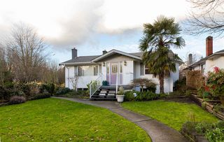 Photo 15: 2249 E 19TH Avenue in Vancouver: Grandview VE House for sale (Vancouver East)  : MLS®# R2032611