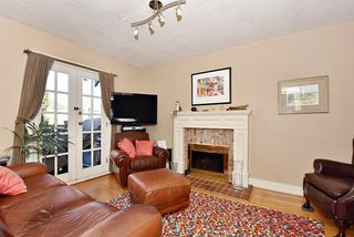 Photo 13: 1763 W 59TH Avenue in Vancouver: South Granville House for sale (Vancouver West)  : MLS®# R2032711