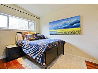 Photo 15: 8 LORNE Place SW in Calgary: North Glenmore Park House for sale : MLS®# C4052972