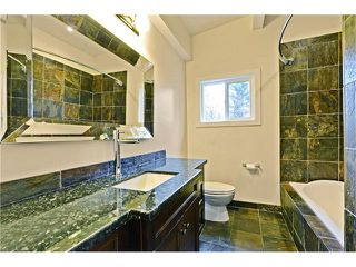 Photo 16: 8 LORNE Place SW in Calgary: North Glenmore Park House for sale : MLS®# C4052972