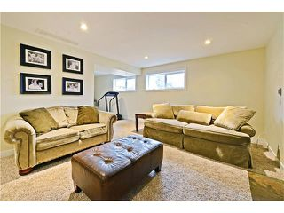 Photo 18: 8 LORNE Place SW in Calgary: North Glenmore Park House for sale : MLS®# C4052972