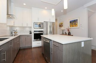 "Photo 8: 7 1338 FOSTER Street: White Rock Townhouse for sale in ""EARLS COURT"" (South Surrey White Rock)  : MLS®# R2051150"